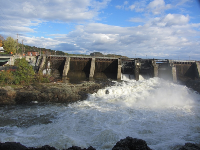 dam open after heavy rain VT